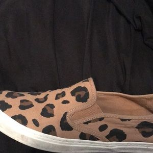 Cheetah Slipons